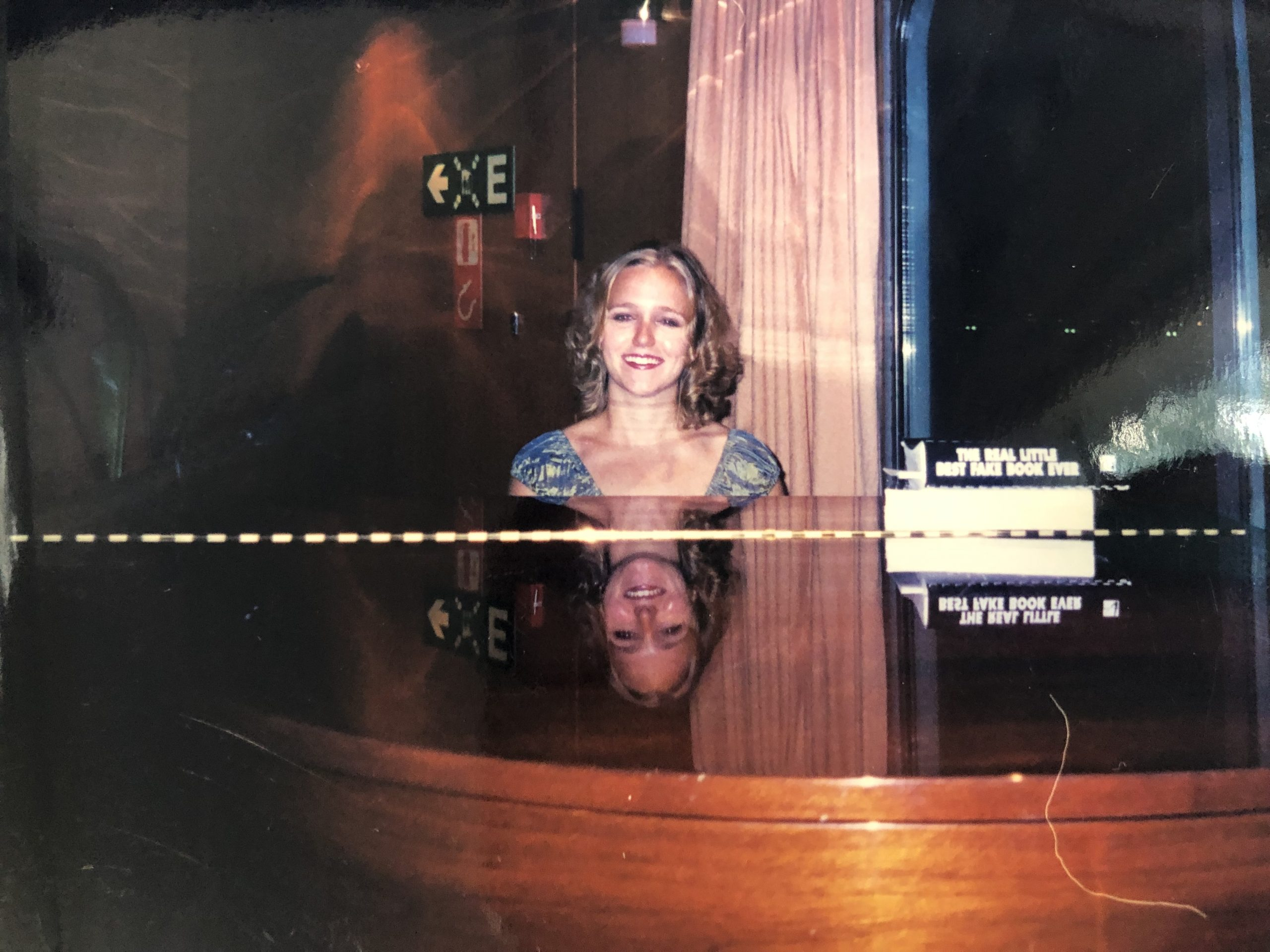 Brenda Earle Stokes performing on a cruise ship in the piano bar